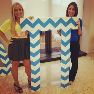 LC Katherine (right) helping with formal recruitment at Theta Mu!