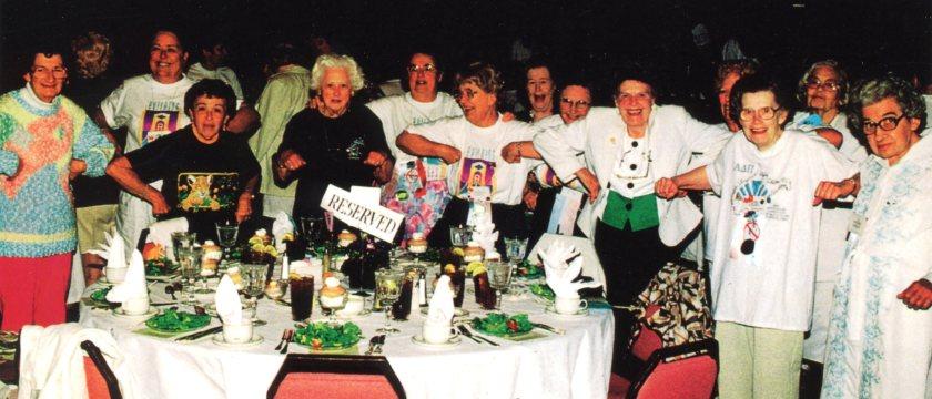 Dandy Lion chicken dance 1995 Convention